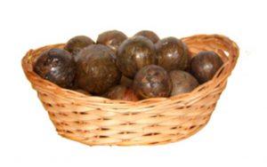 прополис в виде скатанных шариков по 10 грамм