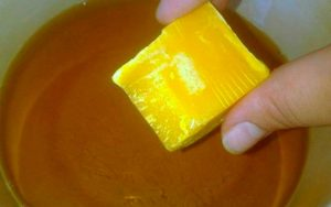 Масло прополиса на топленом сливочном масле