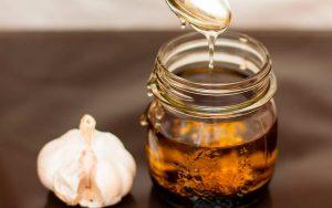 Лечение прополисом бронхита у взрослых, настойка на спирту с чесноком